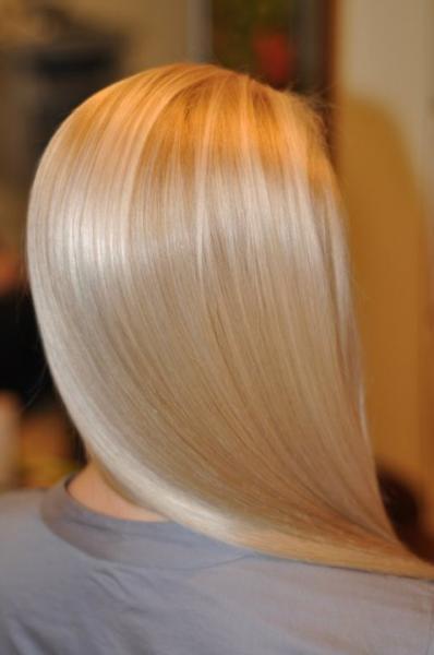 """""""Blond"""" spalva su pilku atspalviu"""