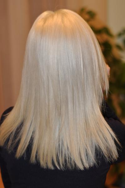 """Šviesiai pilka """"blond"""" spalva"""