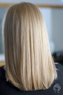 Blond su perliniu atspalviu