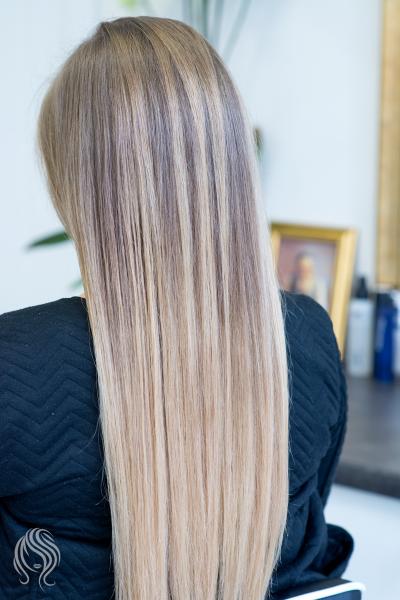 Balayage ant natūralių plaukų